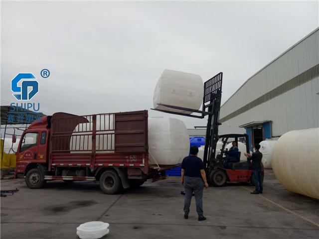 30吨pe储罐 污水水箱图片