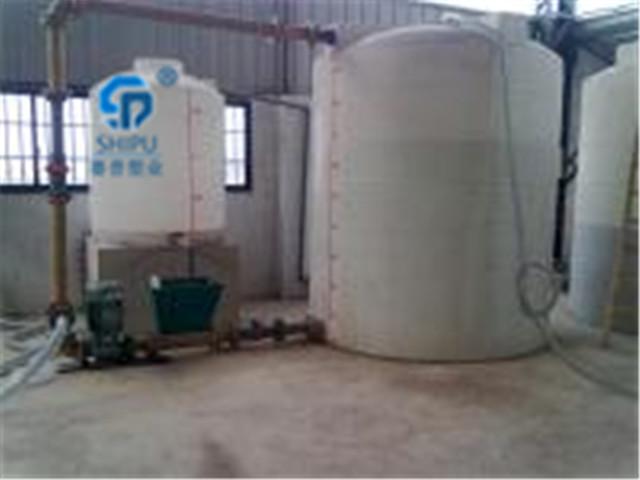 2吨塑料桶  外加剂储罐多少钱