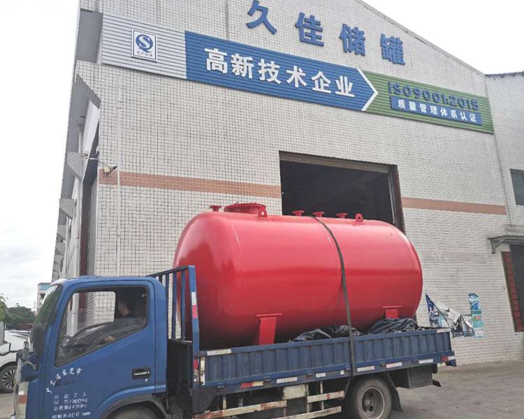 10000L液堿碳鋼制儲罐  化州 燒堿反應罐 碳鋼計量罐