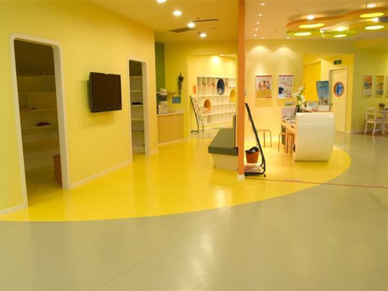 娛樂室同質透心pvc地板專業安裝廠家直銷