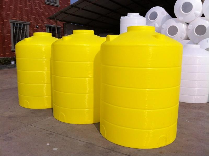 上饒2噸塑料水箱價格表江西洗滌劑存儲罐保質保量